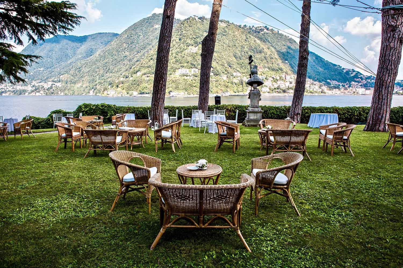...sulle rive del lago di Como